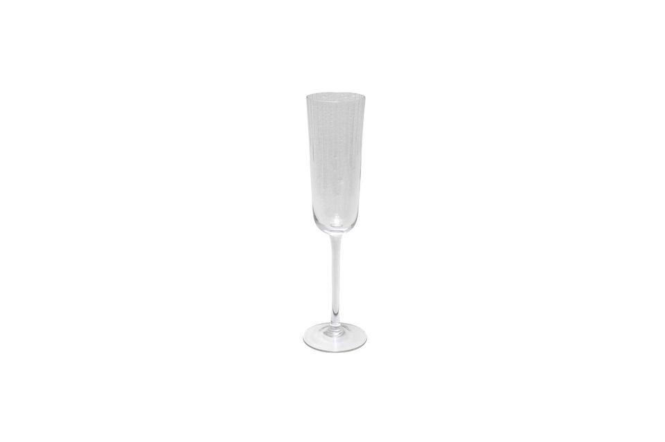 Avec son style simple et épuré, cette flûte à champagne peut être utilisée en toutes occasions