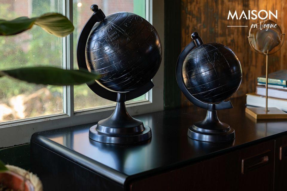 Un globe terrestre noir en aluminium
