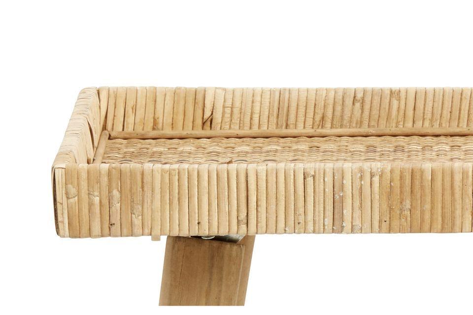 La marque de design Nordal vous propose de découvrir sa petite table en rotin Riva