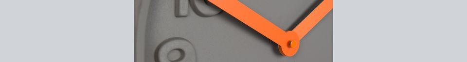 Mise en avant matière Horloge Concrete Time orange