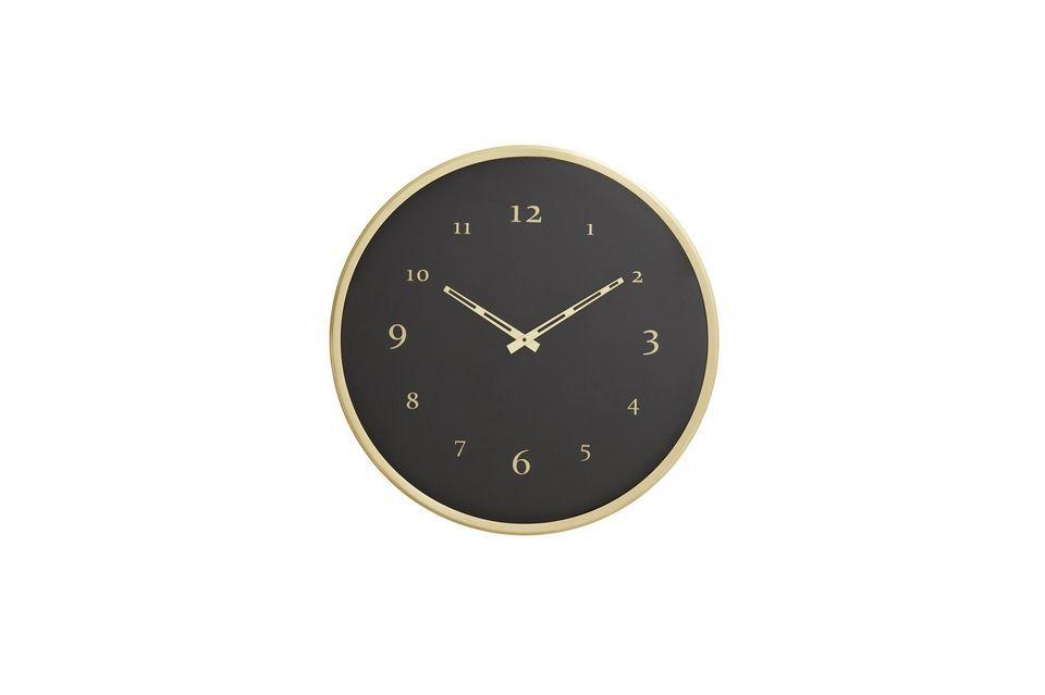 Nordal signe ici une très jolie horloge murale au look irréprochable