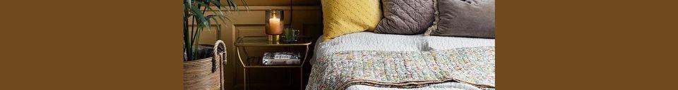 Mise en avant matière Housse de coussin Sablons en velours gris