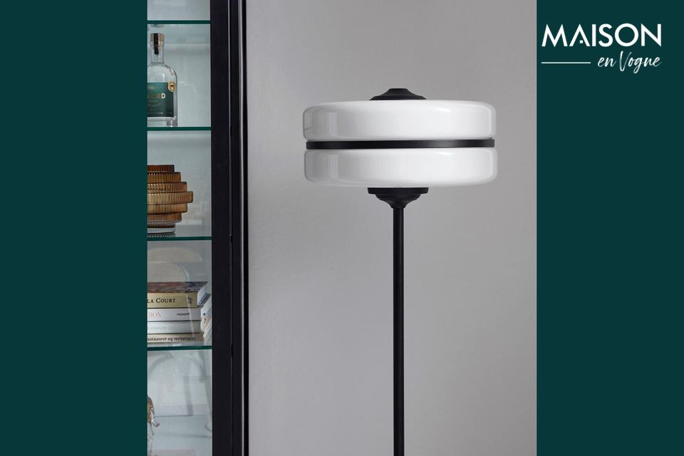 Un lampadaire qui illuminera tous vos objets