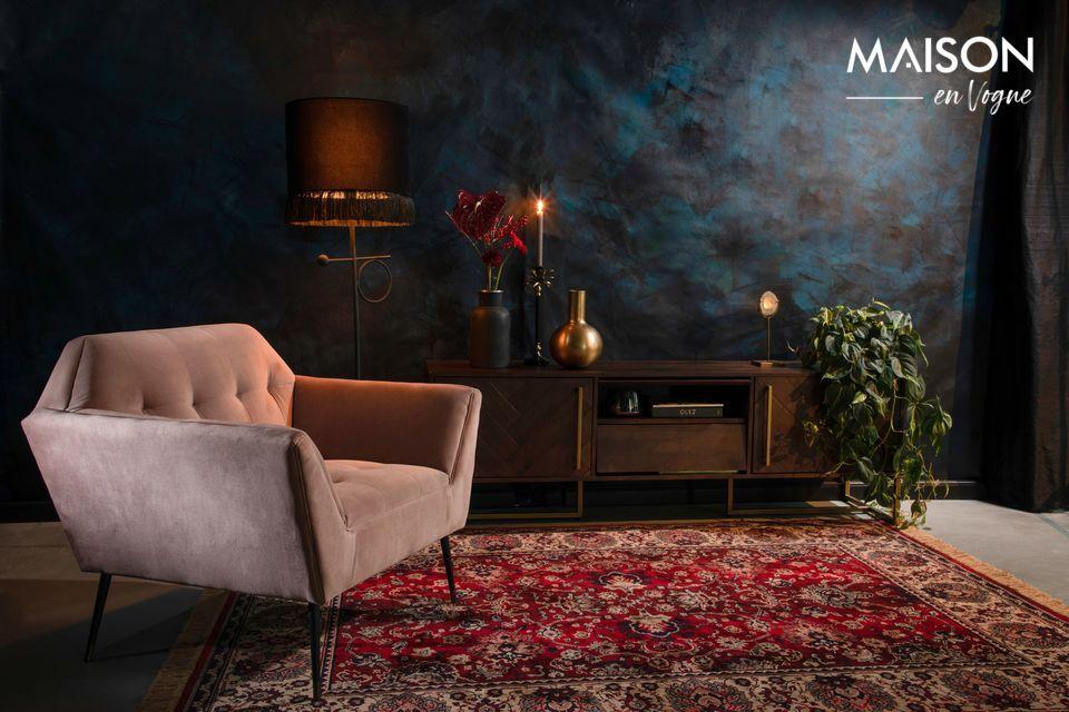 Un lampadaire sophistiqué pour un intérieur authentique