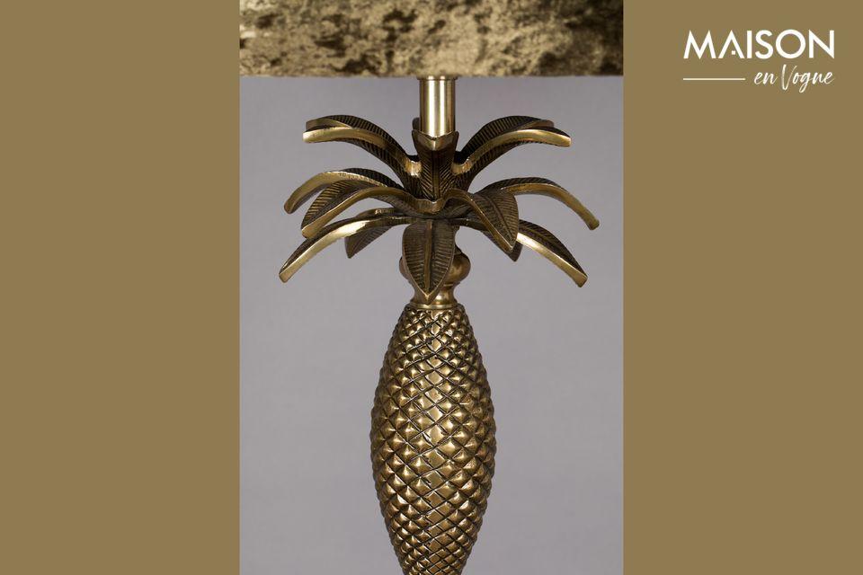 Le lampadaire Piña proposé par la marque Dutchbone répond à toutes vos attentes en termes