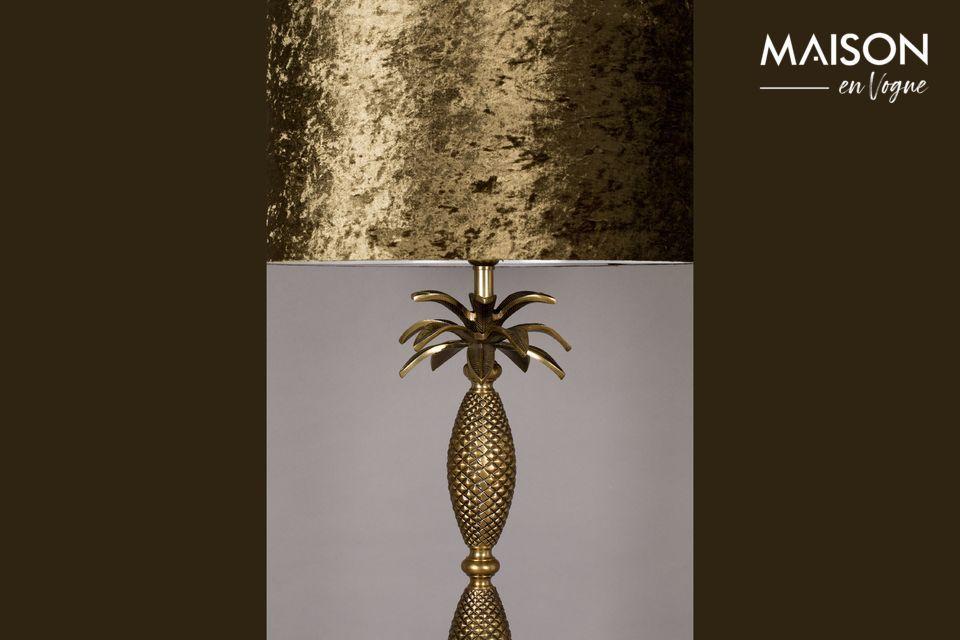 L\'aspect ananas du lampadaire Piña est idéal pour les intérieurs modernes