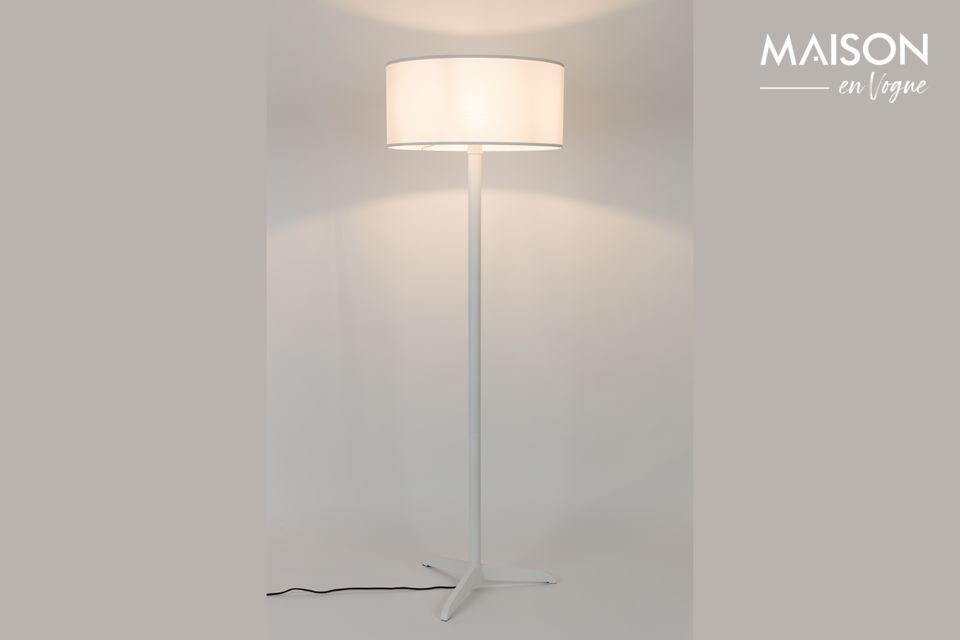 Un lampadaire simple mais distingué pour une décoration contemporaine