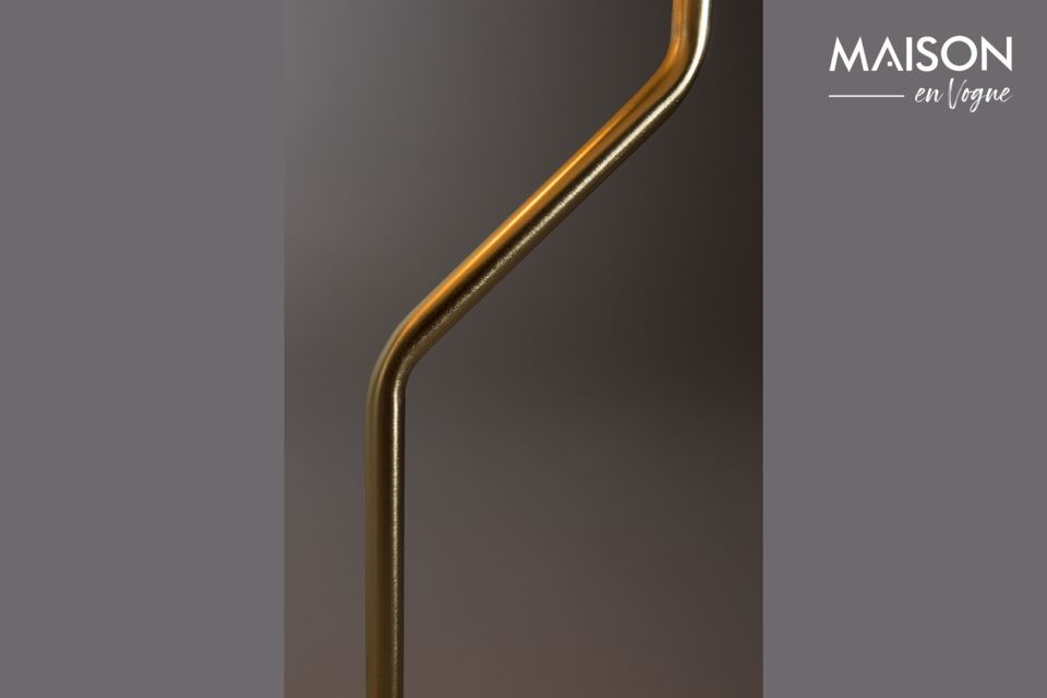 Cette lampe est un véritable objet d\'art et