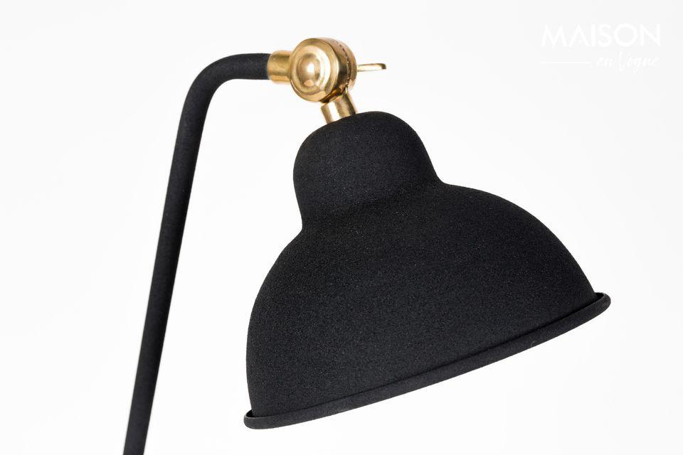 Voilà une lampe qui trônera fièrement sur votre bureau! A la fois discrète et chic