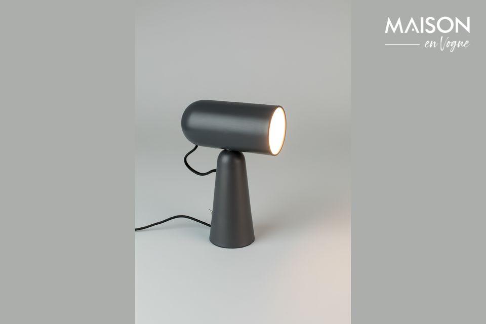 Une lampe de bureau en fer laqué inclinable