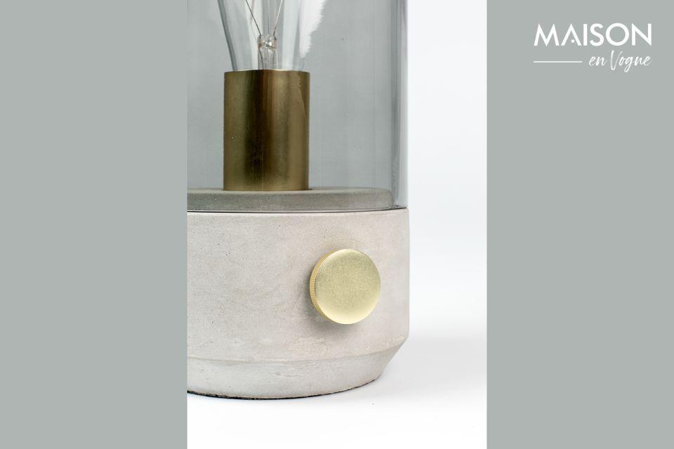 Un design et une conception vraiment uniques pour cette lampe de table