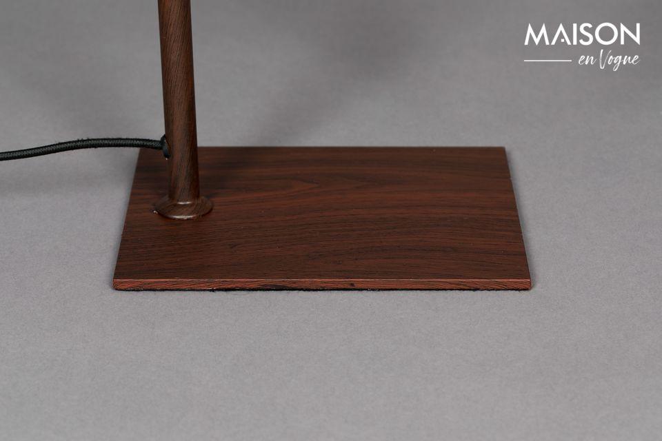 La lampe de table Suoni proposée par la marque design Dutchbone n\'est pas sans rappeler les