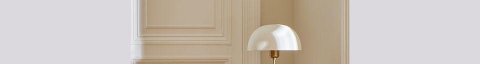 Mise en avant matière Lampe de table Suzette en métal