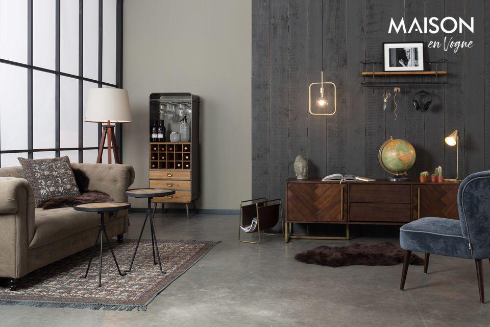 Une lampe suspendue avec hauteur réglable, au design industriel épuré