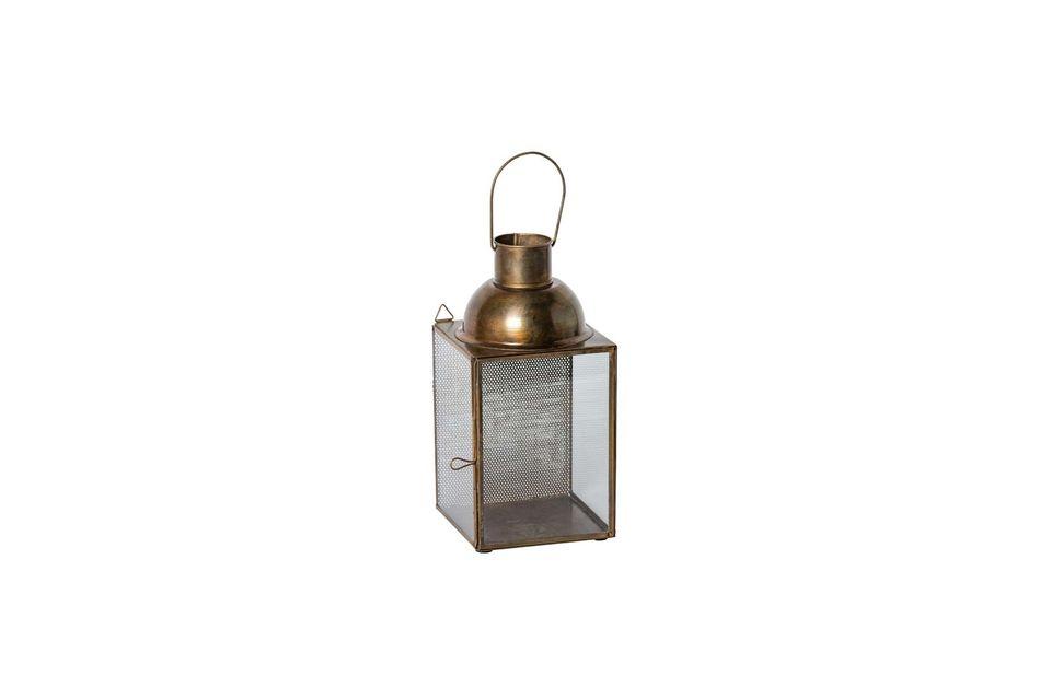 La lumière tamisée de la lanterne à suspendre Jali créera une ambiance feutrée pour le salon