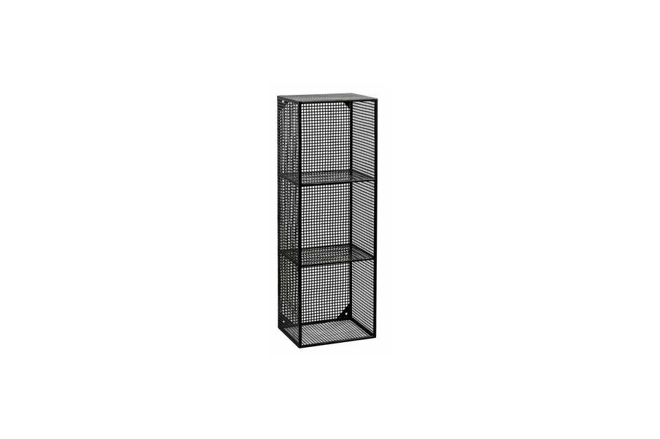 Le meuble comporte 3 étagères et il est entièrement constitué d\'un treillage en métal noir