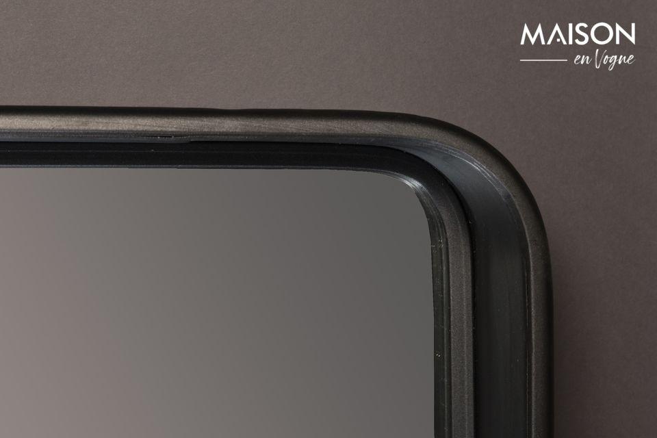 Le miroir Bradley de Dutchbone vous propose d\'opter pour la simplicité avec ce miroir composé
