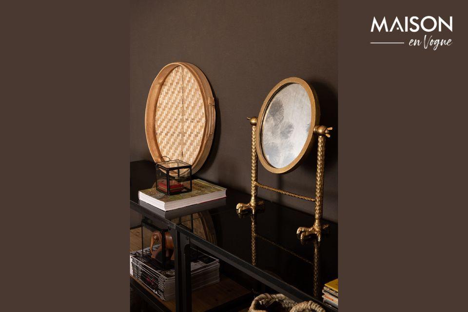Un miroir fonctionnel tout autant qu'artistique