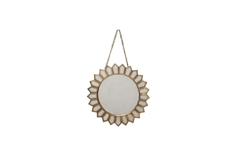 Issor est un accessoire utile et élégant qui décore l\'intérieur grâce à son design raffiné