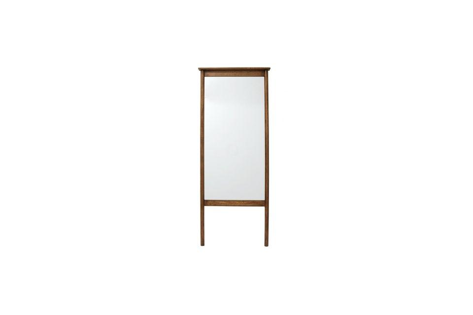 Le Miroir sur Pieds Wasia de la marque danoise Nordal est authentique et naturel