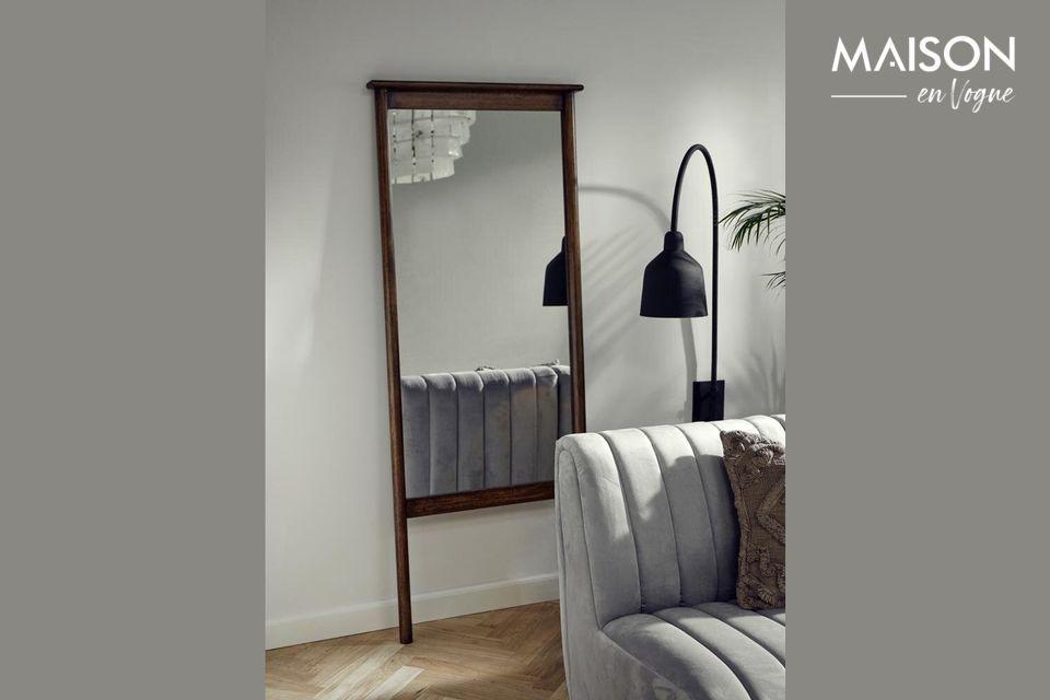 Miroir sur pied Wasia avec cadre en bois