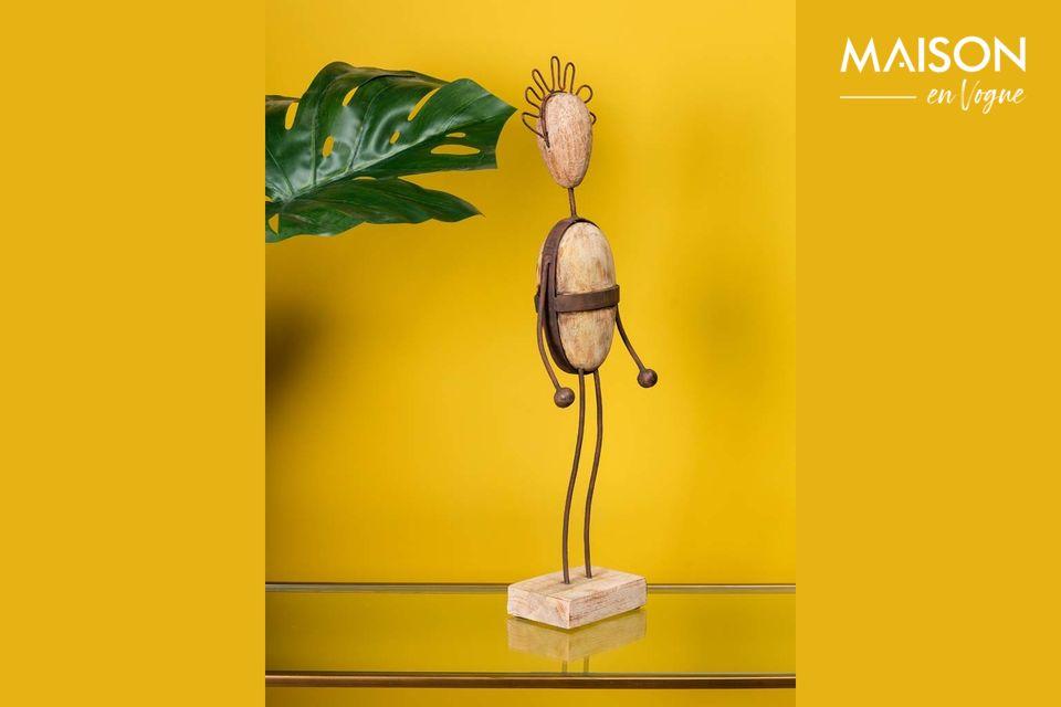 Vous cherchez un objet décoratif unique pour votre intérieur ? Alors ce petit bonhomme à la