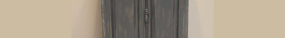 Mise en avant matière Petite armoire Pretoria noire en bois