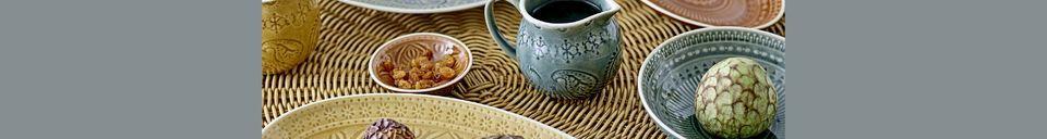 Mise en avant matière Pichet à lait Rani en grès
