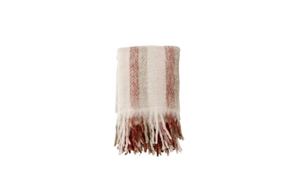 Un plaid en laine à rayures et franges pour de vrais instants cocooning