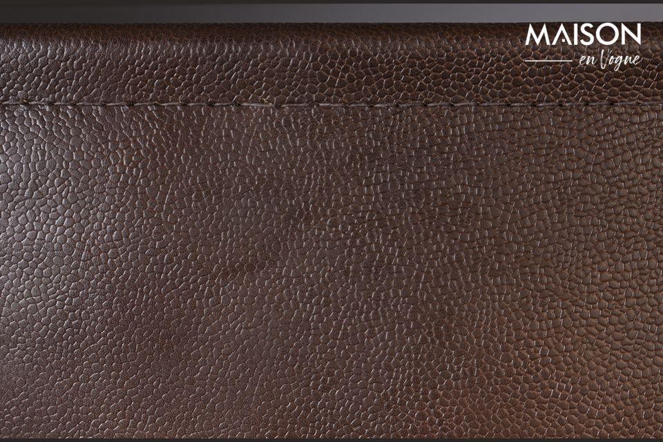 Un porte-revues en cuir au design vintage