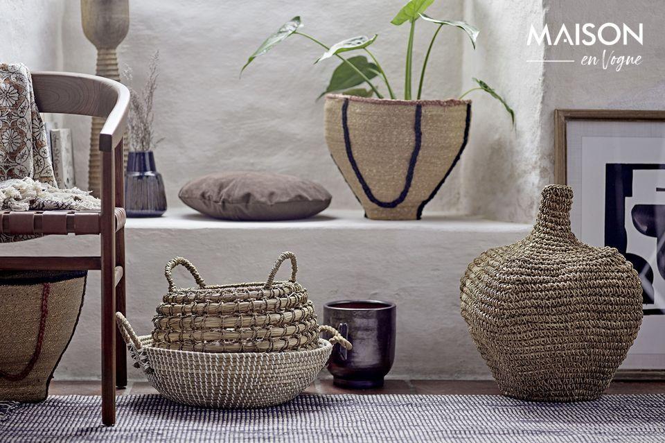 Un pot de fleurs décoratif au design novateur