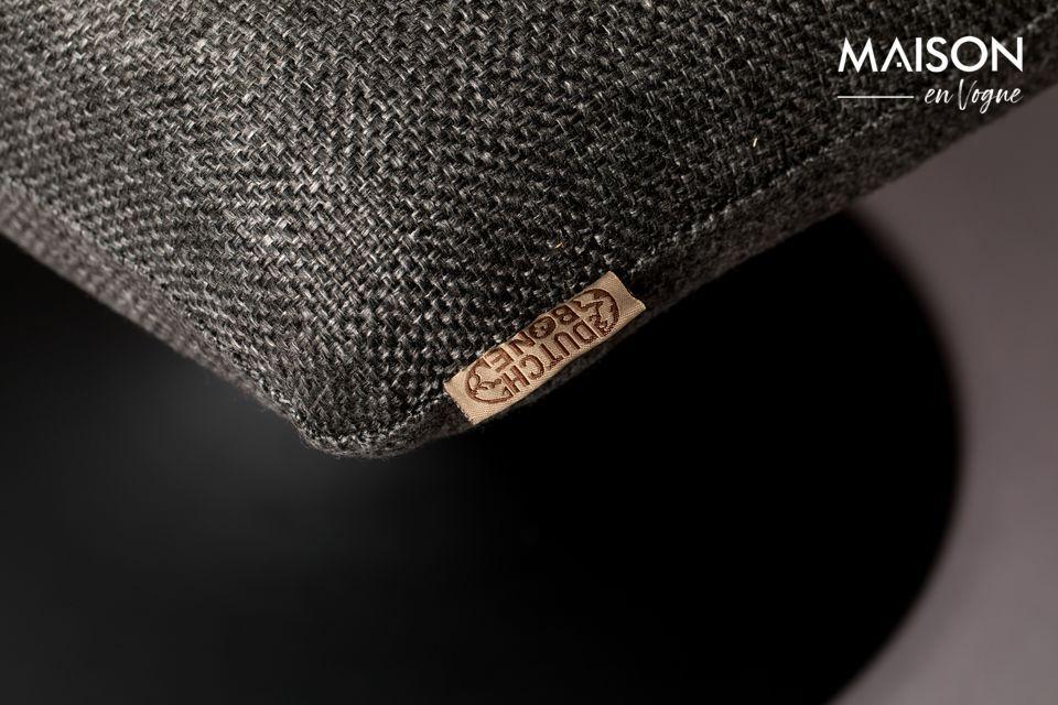 Avec son tissus de couleur gris sombre et à l\'aspect maille de laine