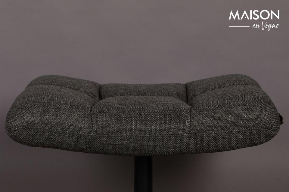 Son tissus polyester combiné à son pied en métal le rendent à la fois facile d\'entretien et