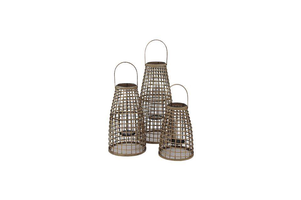 Trois lanternes naturelles à poser ou à suspendre.