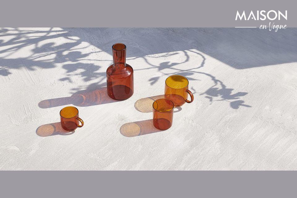 Tasses en verre couleur ambre
