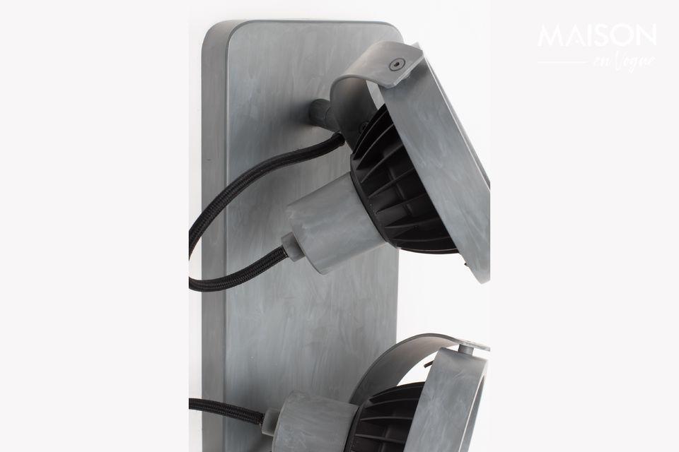 Le spot Dice-2 en métal galvanisé produit une lumière chaude