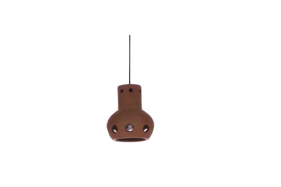 Suspension conçue en terre cuite