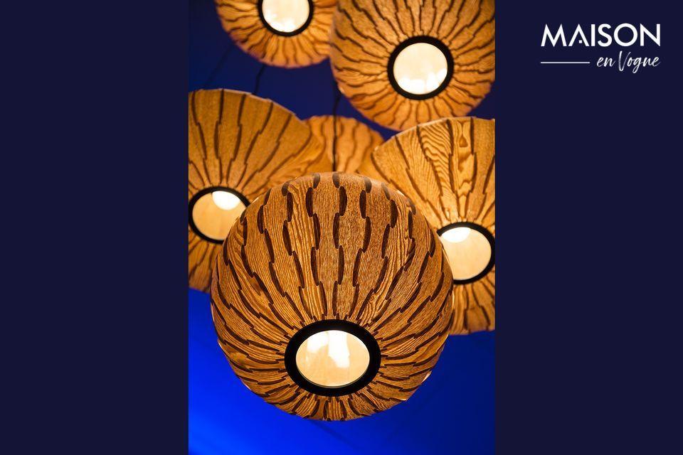 Suspension lumineuse en bois de frêne