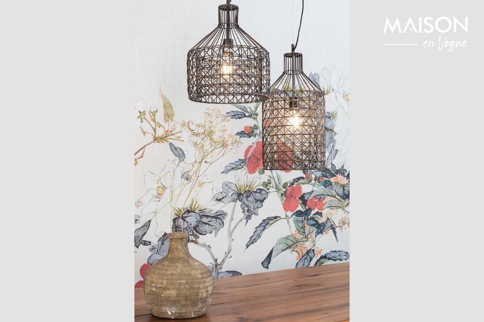 Cette pièce originale apportera une touche de design industriel dans votre salle à manger ou