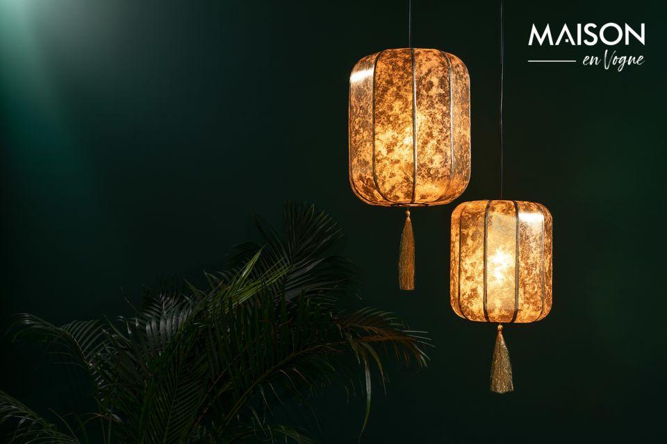 Cette jolie lampe est inspirée d\'une antique lanterne chinoise