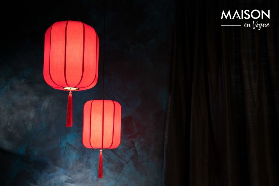 C\'est dans la tradition des festivals de lanternes chinoises que nous sommes aller chercher le