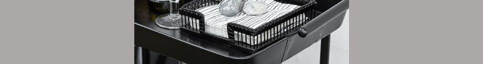 Mise en avant matière Table à roulettes en fer noir Olmiccia