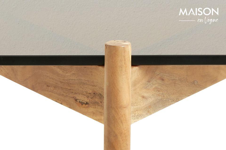 Aux côtés d\'un ensemble de meubles en bois