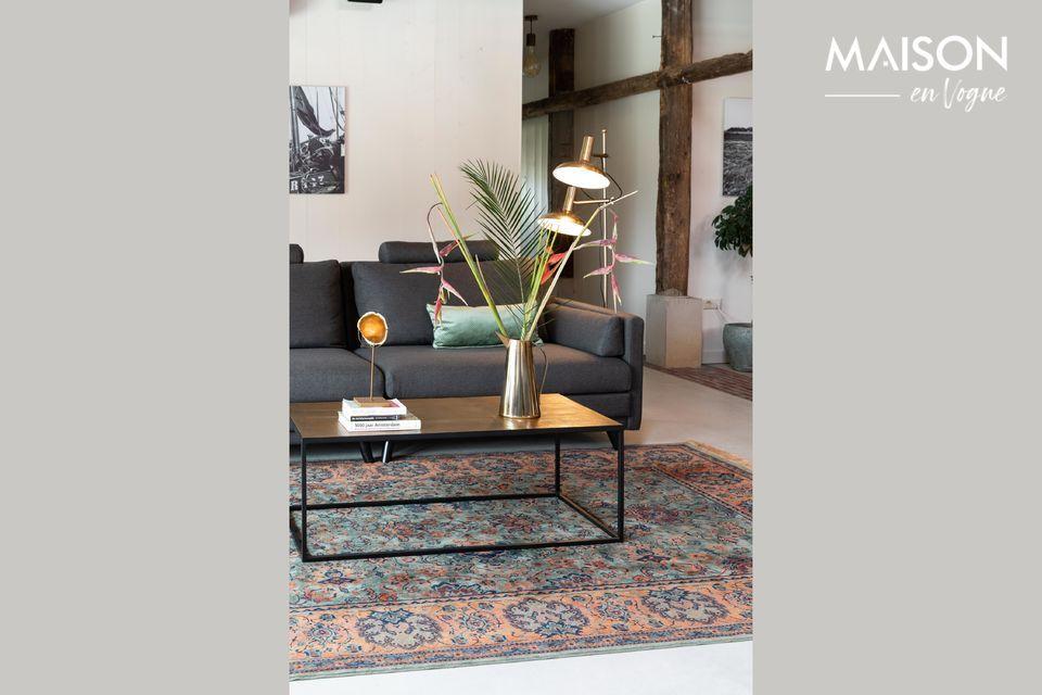 Une élégante table basse au design vintage