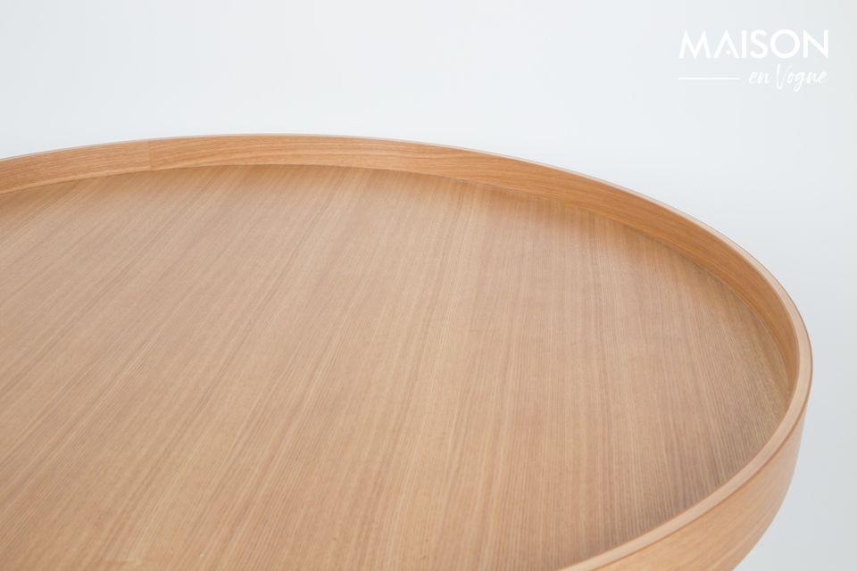 Cet accessoire décoratif est aussi une pièce très pratique au quotidien avec son plateau amovible