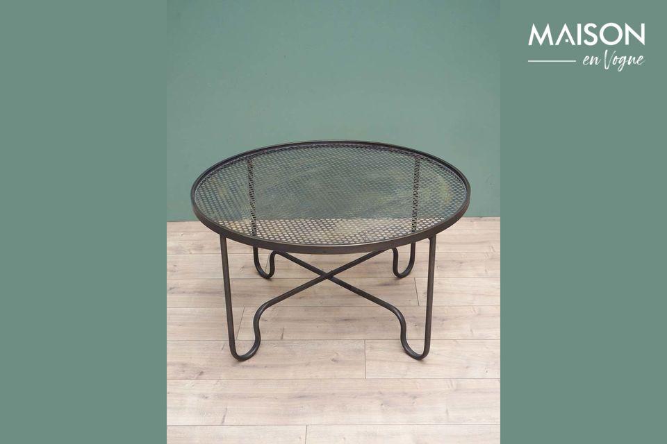 Table ronde en métal au style intemporel