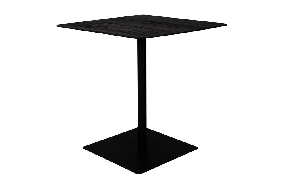 Mesurant 70 cm x 70 cm et 75 cm de hauteur, cette table peut supporter une charge maximale de 150 kg