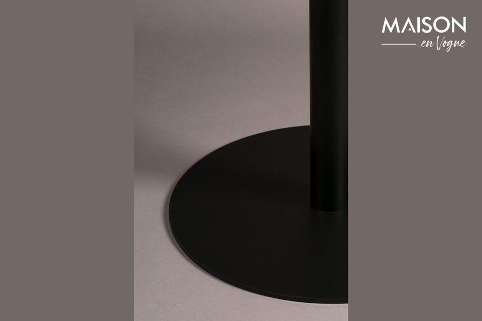 Une table bistro d'une simplissime élégance