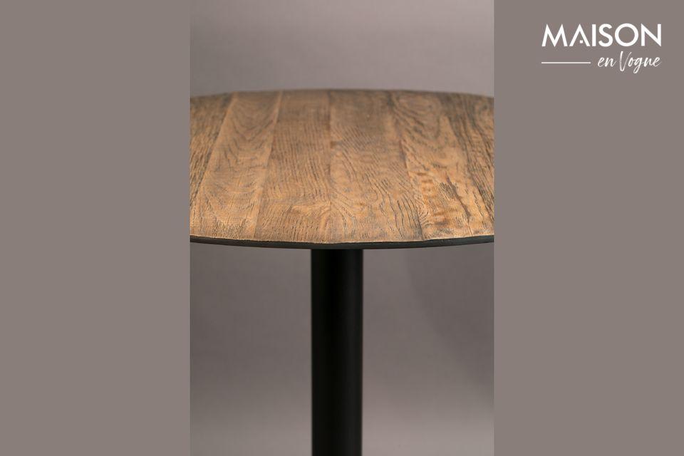 La table Bistro Braza ronde coloris brun affiche un subtil contraste entre le piétement en acier au