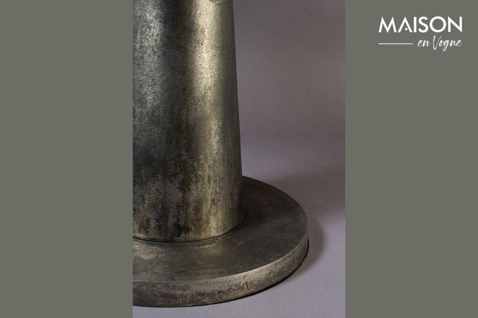 Découvrez le savoir-faire de Dutchbone et son inspiration créative sur ce modèle de table